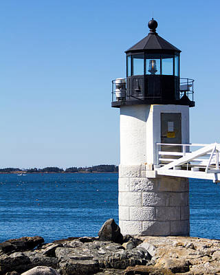 Photograph - Marshall Point Light by Dick Botkin