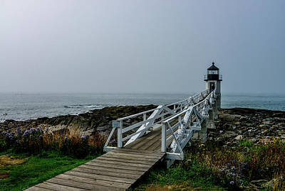 Photograph - Marshall Point Lighthouse, Maine by Marilyn Burton