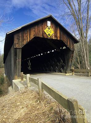Martinsville Covered Bridge- Hartland Vermont Usa Art Print by Erin Paul Donovan