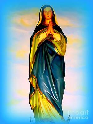 Digital Art - Mary In Prayer by Ed Weidman