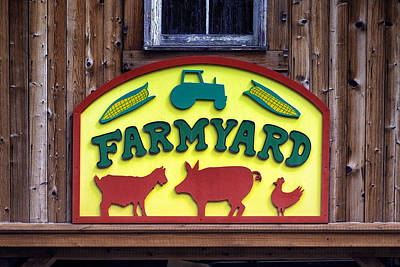 Photograph - Maryland Zoo In Baltimore Farmyard Sign by Bill Swartwout