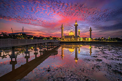 Islam Photograph - Masjid Tengku Ampuan Jemaah by Mohd Rizal Omar Baki