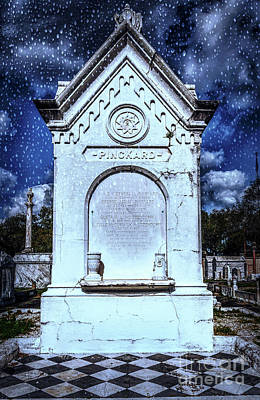 Photograph - Masonic Cemetery 400 Tomb by Kathleen K Parker