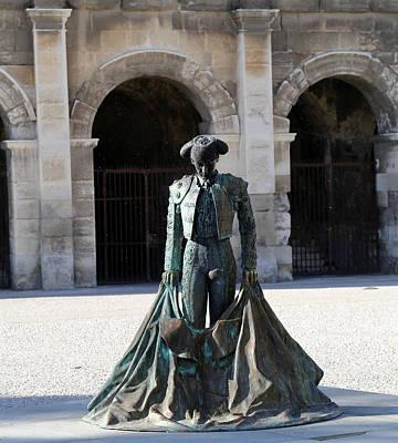 Photograph - Matador Statue 1 by Andrew Fare