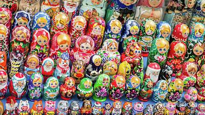 Photograph - Matryoshka Dolls For Sale In New York City by Edward Fielding
