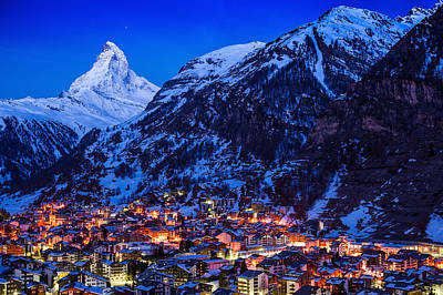 Winter Night Photograph - Matterhorn At Night by Weerakarn Satitniramai