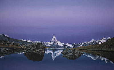 Winter Sports Painting - Matterhorn by Mario Pichler