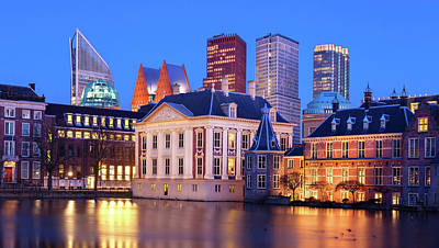 Photograph - Mauritshuis Museum At Blue Hour by Barry O Carroll