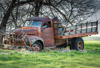Mayfield Photograph - Mayfield Kansas Truck by Larry Pacey