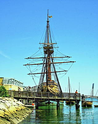 Photograph - Mayflower II by Roger Soule