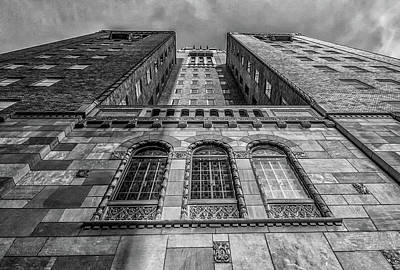 Photograph - Mayo Clinic Plummer Building by Tom Gort