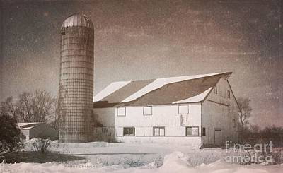 Photograph - Mchenry Barn by Kathie Chicoine