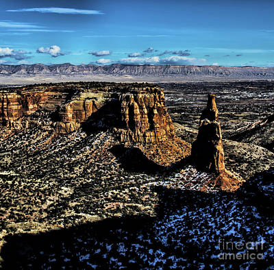 Photograph - Mcinnis Canyons Tower by Steven Parker