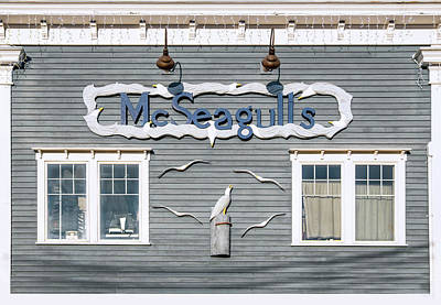 Photograph - Mcseagulls Restaurant Boothbay Harbor, Me by Betty Denise