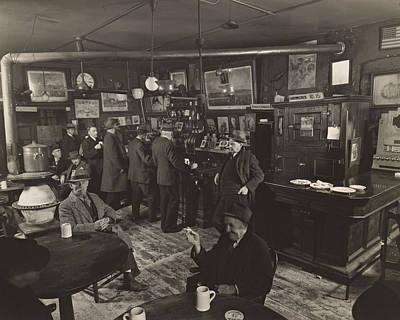 Mcsorleys Photograph - Mcsorley's Ale House by Ingrid Smith-Johnsen