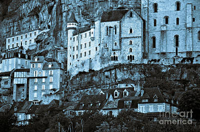 Medieval Castle In The Pilgrimage Town Of Rocamadour Art Print