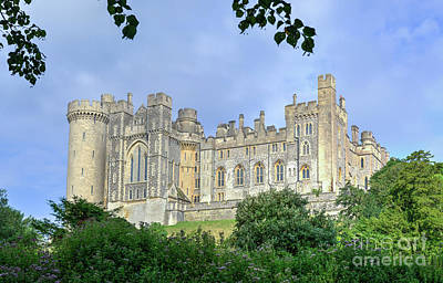 Arundel Castle Photograph - Medieval Wonder by Geoff Smith