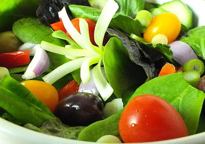 Photograph - Mediterranean Salad by Guy Pettingell