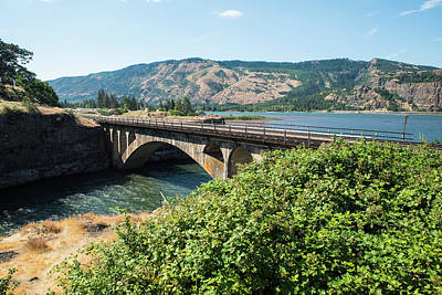Photograph - Meeting The Klickitat by Tom Cochran