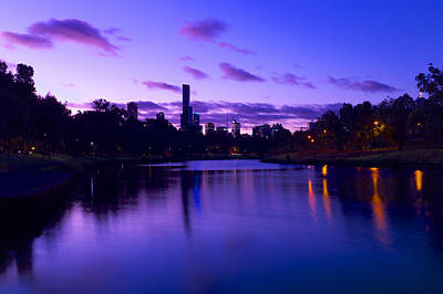 Valentines Day - Melbourne and Yarra by Win Naing
