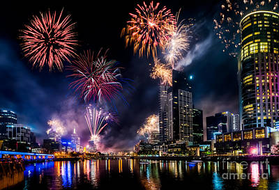 Photograph - Melbourne Fireworks by Ray Warren