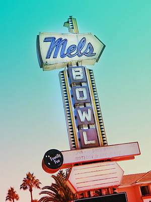 Photograph - Mels Bowl Retro Sign by Kathleen Grace
