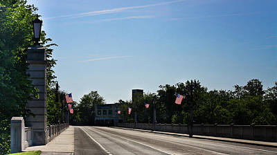 Patriotic Bronze Photograph - Memorial Avenue Bridge Roanoke Virginia by Teresa Mucha