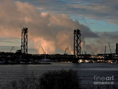 Photograph - Memorial Bridge At Dusk by Marcia Lee Jones