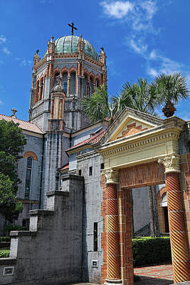 Photograph - Memorial Presbyterian Church St. Augustine Florida Side View by Carol Montoya