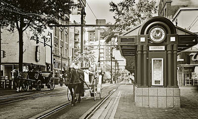 Memphis Photograph - Memphis Carriage by Liz Leyden