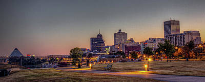 Photograph - Memphis Sunrise 2 - Cityscape by Barry Jones