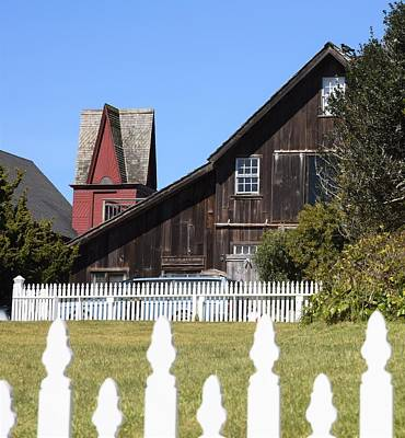 Photograph - Mendocino Barn by Lisa Dunn