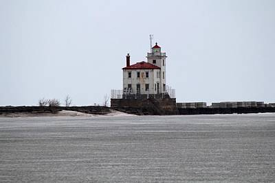 Photograph - Mentor Headlands Lighthouse In Winter by Michiale Schneider