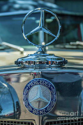 Photograph - Mercedes Benz 2 by Tony Baca