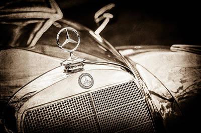 Photograph - Mercedes-benz Hood Ornament - Emblem -1006s by Jill Reger