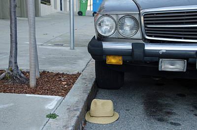 Streetshot Photograph - Mercedes With Hat by Erik Burg