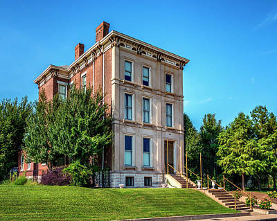 Photograph - Meriwether Mansion Grand Center 7r2_dsc0997_16-09-06 by Greg Kluempers