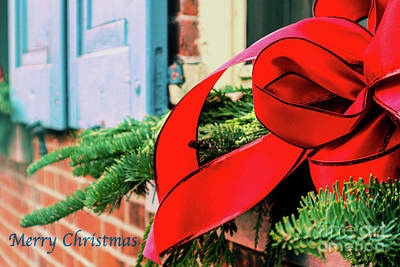 Photograph - Merry Christmas Window Bow by Sandy Moulder