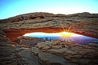Photograph - Mesa Arch by Mike Stephens
