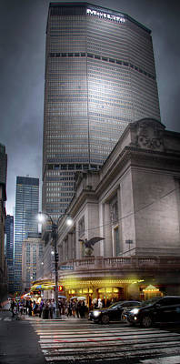 Photograph - Met Life Building And Grand Central Station by Mark Andrew Thomas