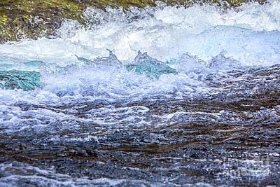 Photograph - Metolius River Sisters Oregon by David Millenheft