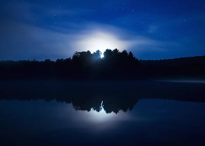 Algonquin Provincial Park Photograph - Mew Lake Moonset by Cale Best