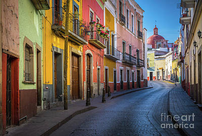 Guanajuato Photograph - Mexico Street by Inge Johnsson