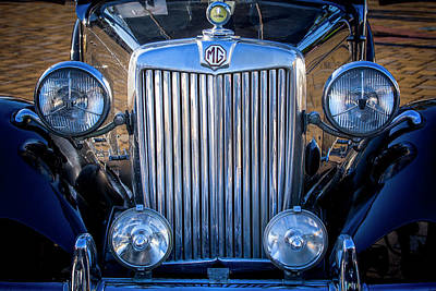 Photograph - Mg Cars 003 by Edgar Laureano