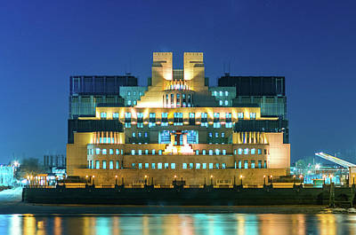 Photograph - Mi6 by Stewart Marsden