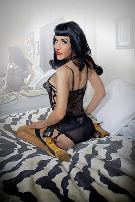 Bettie Page Photograph - Mia Pinup by Julie Bergonz