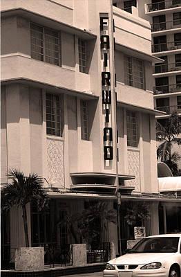 Miami Beach - Art Deco 85 Art Print by Frank Romeo