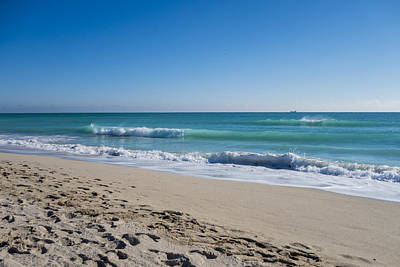 Photograph - Miami Beach Blue Sky Blue Ocean by Toby McGuire