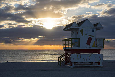Photograph - Miami Beach Life Guard House Sunrise 2 by Toby McGuire