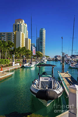 Photograph - Miami Beach Marina 4631 by Carlos Diaz